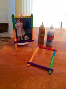 Five Minute Crafts: Popsicle Stick Frames