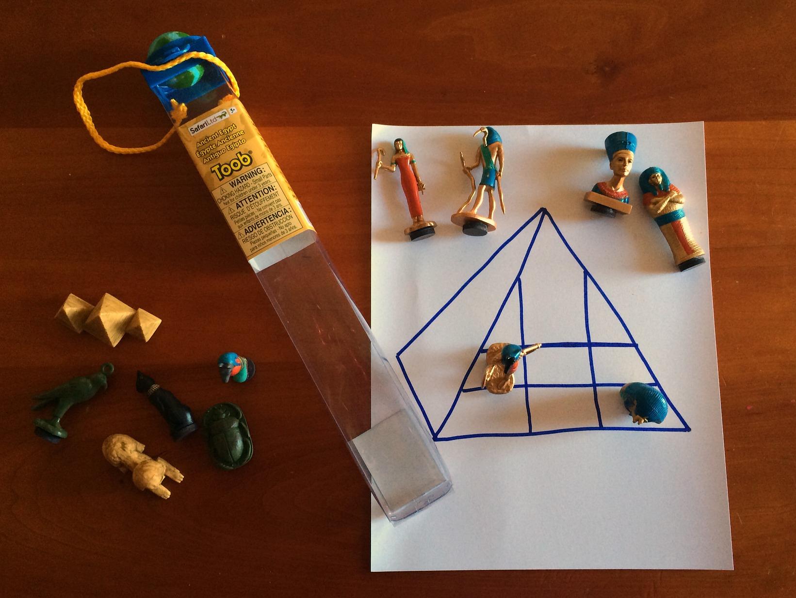 pharaoh tac toe customizable tic tac toe game toob figures