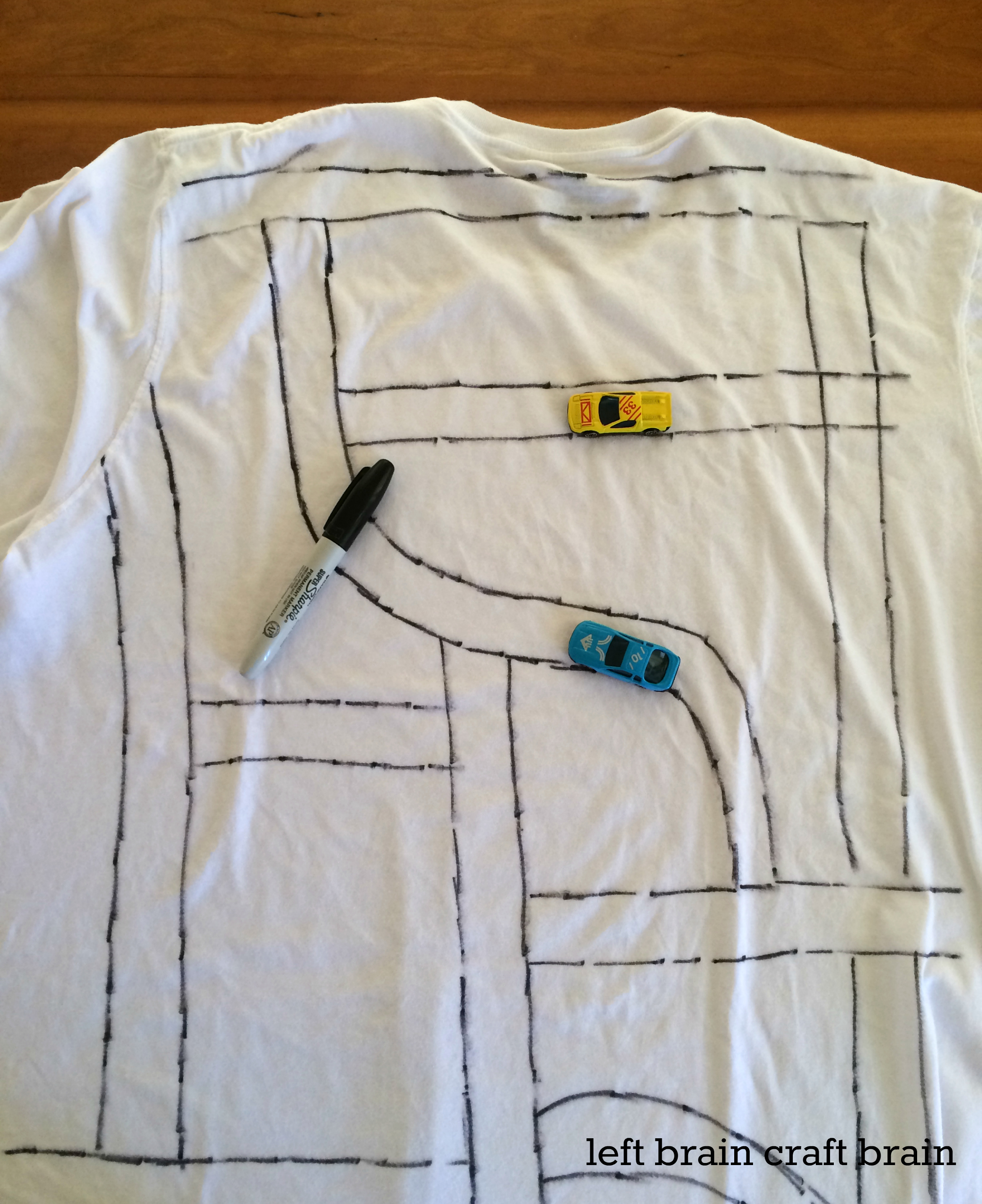 race track back scratcher t shirt left brain craft brain image