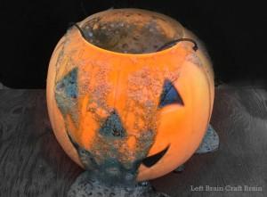 25 Spooky Science Activities for Halloween