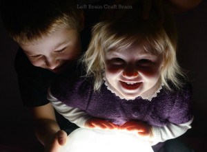 20+ Ways for Preschoolers to Play in the Dark