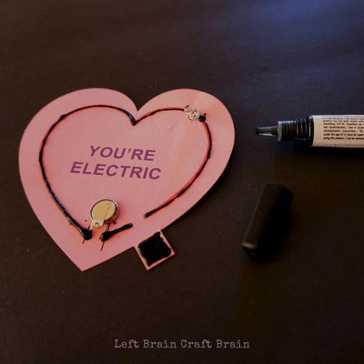 Apply Electric Paint Left Brain Craft Brain 2