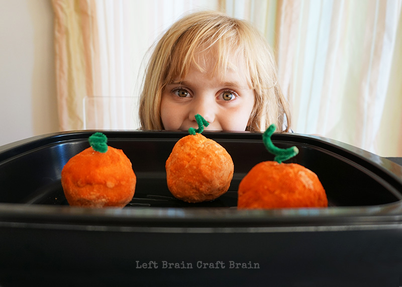 Peeking Pumpkins Left Brain Craft Brain