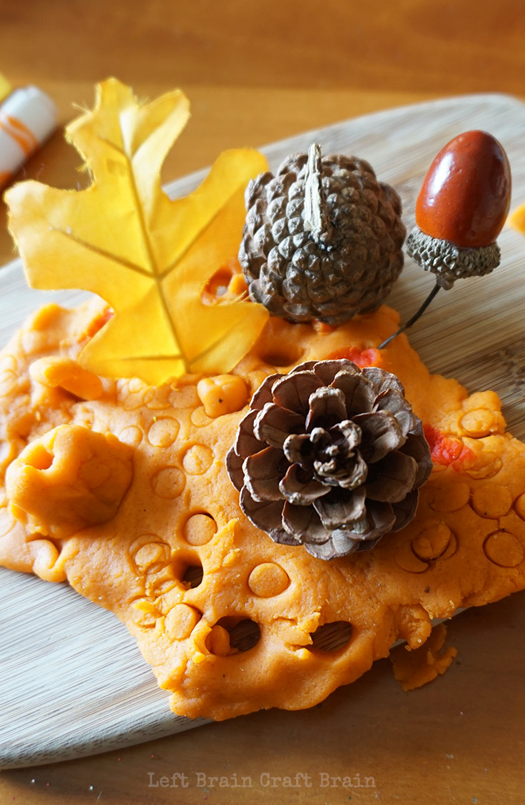 This yummy smelling pumpkin pie spice play dough is a feast for the senses.